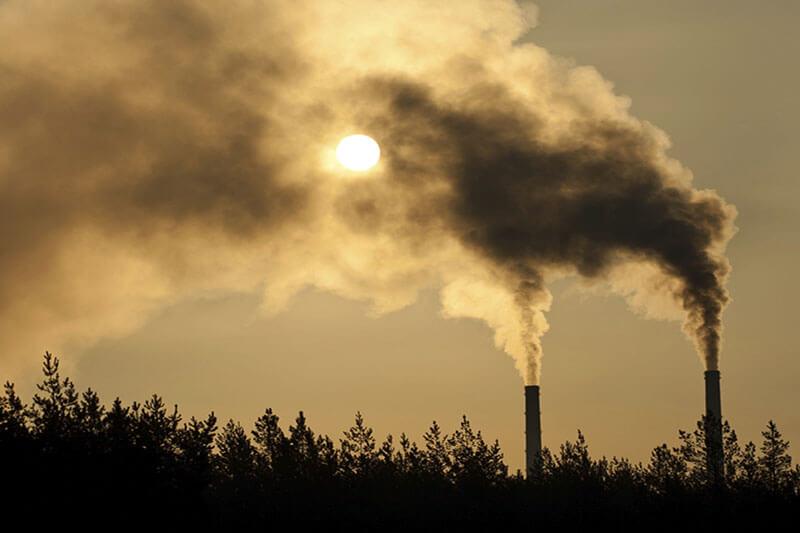 AIE advierte sobre emisión de carbono