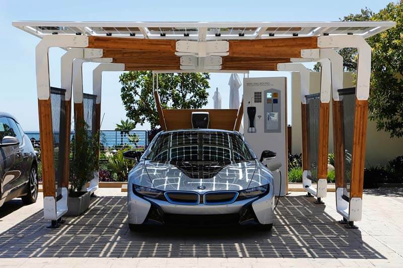 Cochera BMW Solar