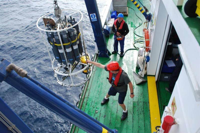 El IEO realiza un muestreo cuatro veces al año, desde 2007, para analizar el intercambio de CO2 con la atmósfera.