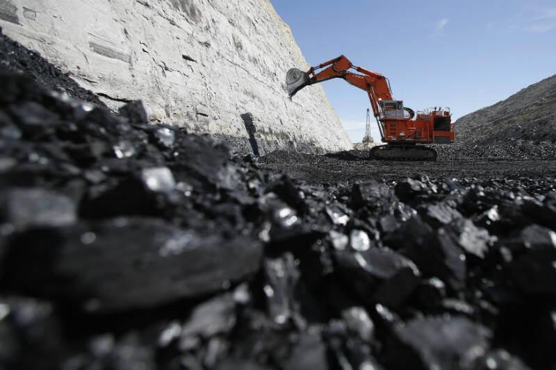 Según un informe, la productividad del carbón cayó un 6.2% el año pasado.
