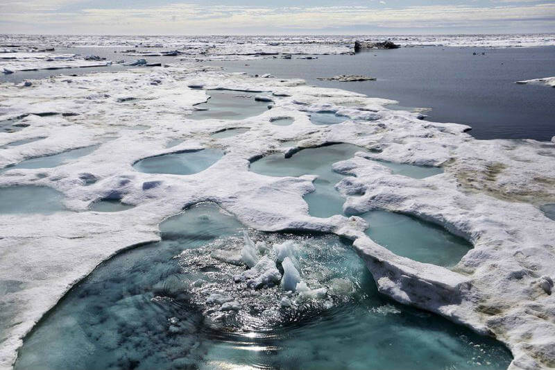 El medio AP acompaña a un grupo de investigadores para una expedición en uno de los rincones más peligrosos del planeta.