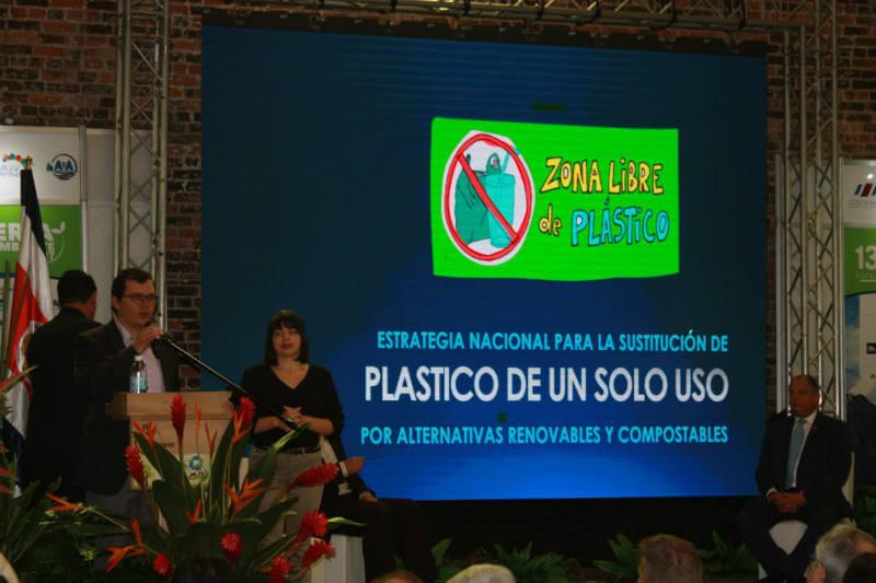 El Gobierno y varios ministerios de Costa Rica promueven nuevas políticas de cuidado medioambiental.