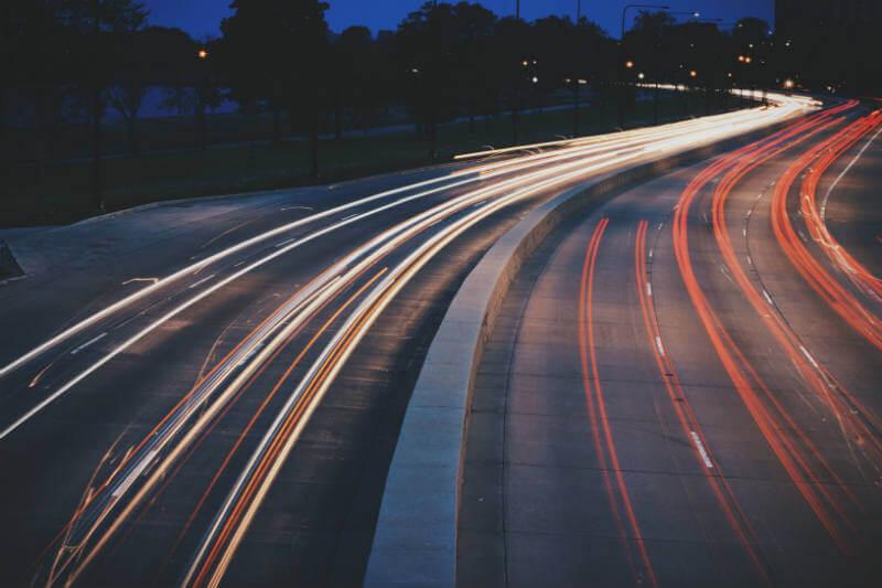 La red de 18 estaciones para recarga de autos eléctricos se extenderá a lo largo de la costa este de Queensland, Australia.