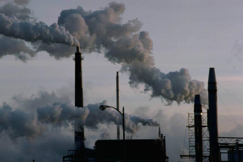 """El presidente pretende utilizar parte del Fondo Verde para el Clima para la construcción de centrales eléctricas de carbón """"más limpias""""."""