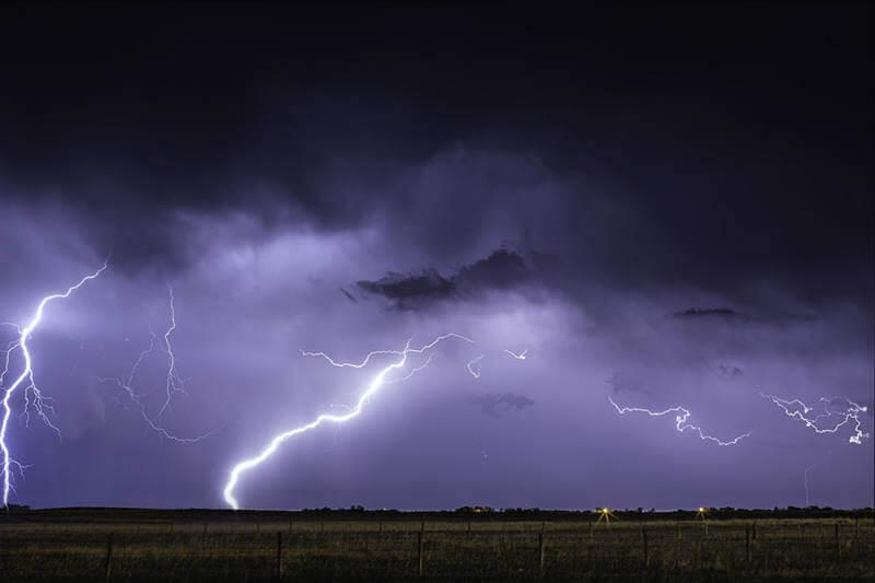 Un estudio muestra que temperaturas cálidas alientan más tormentas eléctricas y por ende un mayor riesgo de incendio.