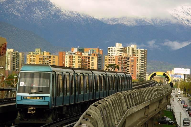 A partir del 2018 el Metro de Chile funcionará con energía renovable en un 76%