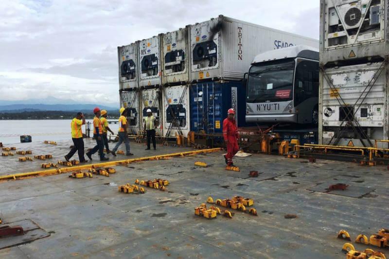 Gracias a la compañía Ad Astra Rocket, el país cuenta con el primer bus capaz de producir su propia electricidad a bordo.