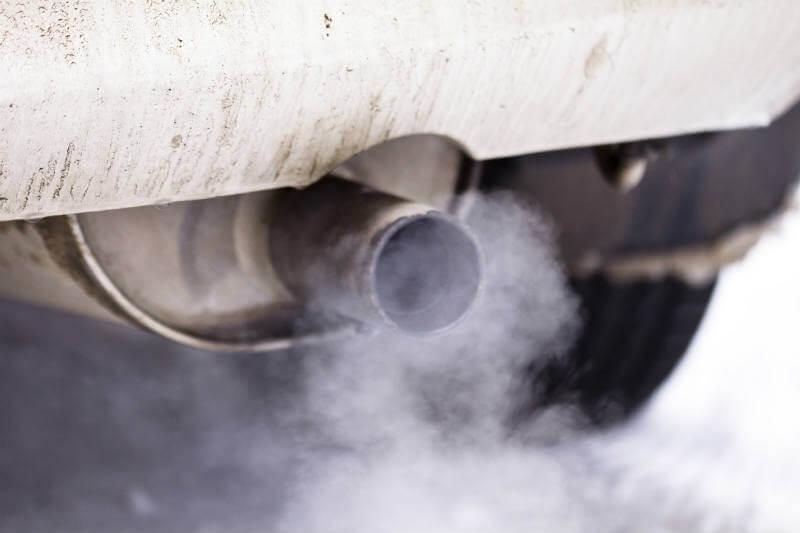 El gobierno alemán y compañías automovilísticas ofrecen acuerdos para el intercambio de autos diésel por modelos más limpios.
