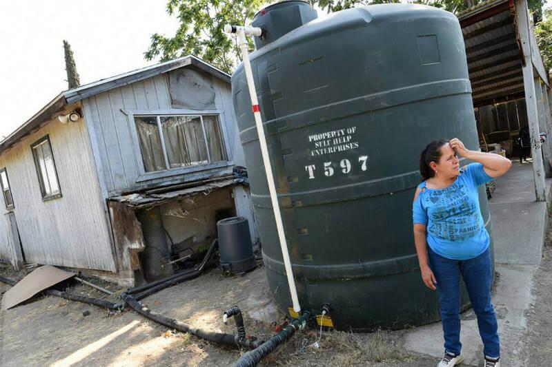 La comunidad de East Porterville en California cuenta con un sistema de distribución de agua, no después de sufrir una sequía de cinco años.