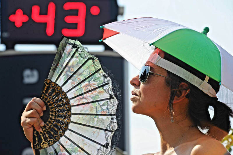 El aumento extremo de temperaturas ha causado sequías, incendios, muertes y daños al servicio público en varios países del continente europeo.