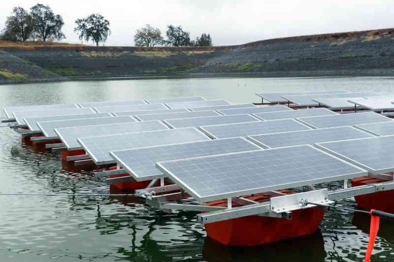 La empresa Pristine Sun instalará paneles solares flotantes en el depósito de la Agencia de Agua del Condado de Sonoma, California.