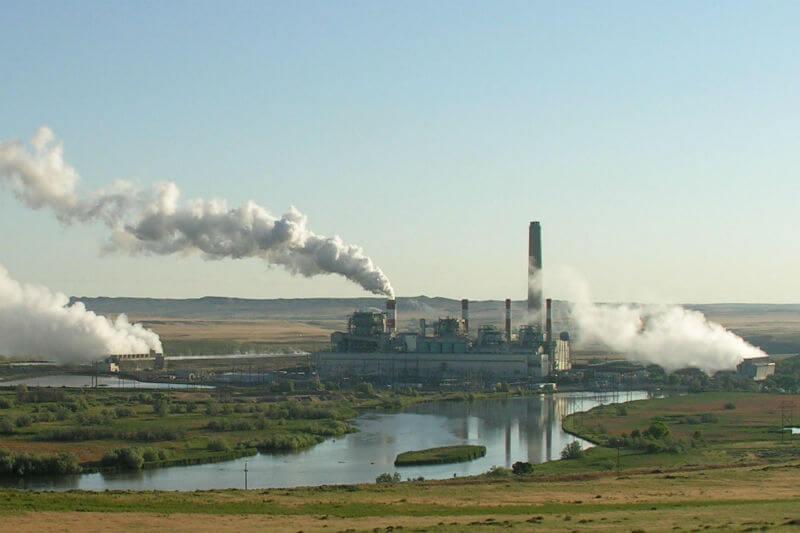 """El director de Global Carbon Project no tiene dudas de que el mundo está ya a bordo de """"una transición"""" hacia la """"electrificación verde de la economía""""."""