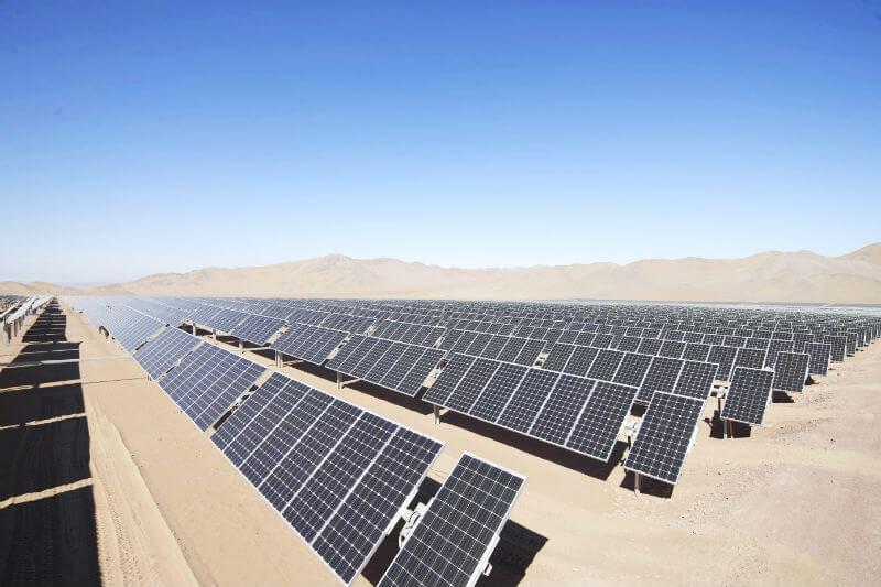 Aproximadamente 30 millones de personas no tienen acceso a la energía eléctrica, con esta transición, ese número cambiaría.