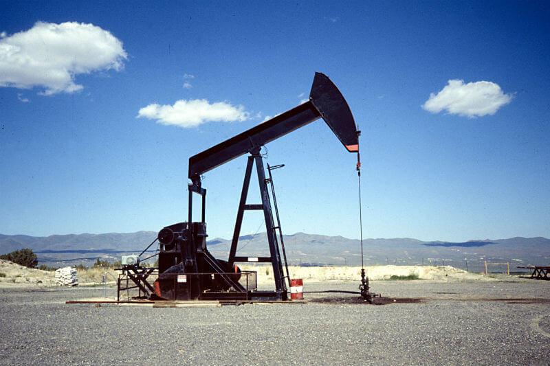 Con la nueva medida, de ya no ceder permisos para la explotación petrolera, el país busca terminar con toda la producción de petróleo y gas para 2040.