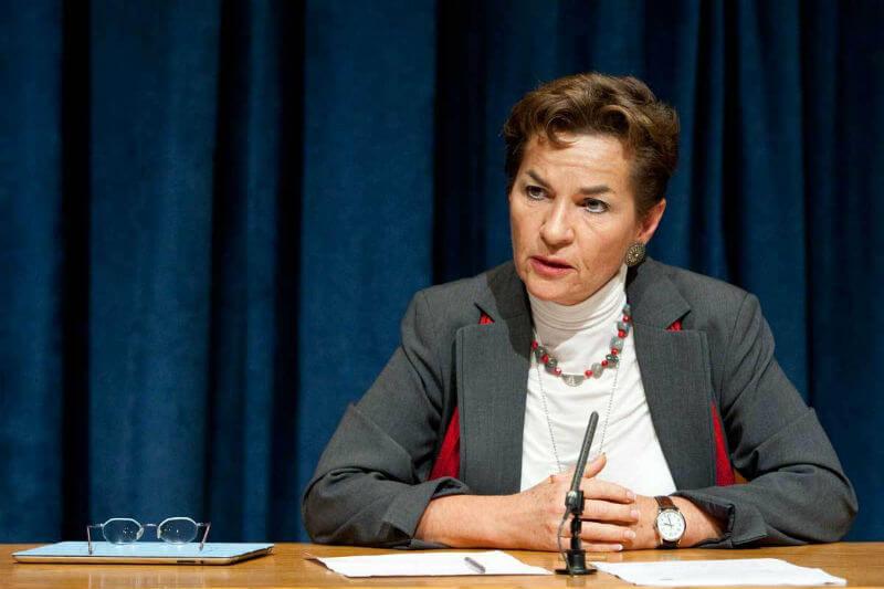 """La directora de Misión 2020, subraya que EE. UU. """"pierde competitividad"""" al abandonar el acuerdo, cediendo liderazgo económico a otros países."""
