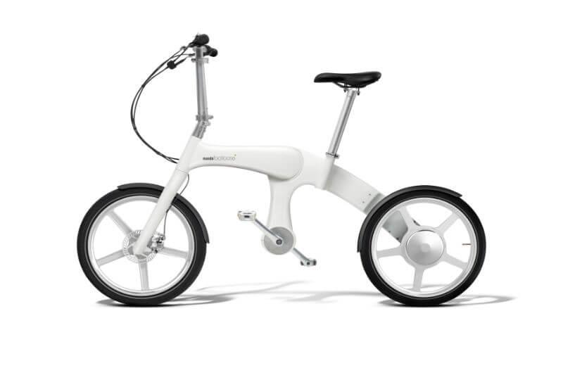 Corporación Mando presenta bicicleta eléctrica e híbrida, ya que cuentan con un alternador que convierte el pedaleo en electricidad para recargar la batería.