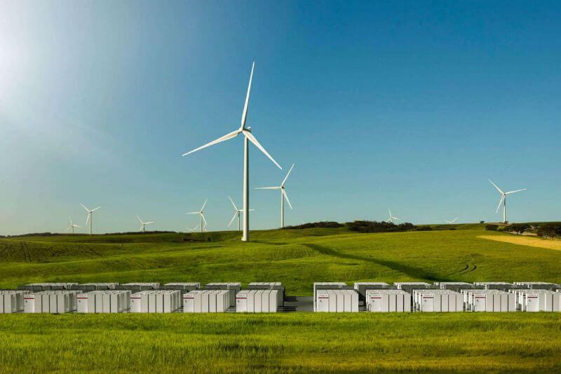 El proyecto, que consistirá en 12 aerogeneradores Vestas y las baterías de Tesla, brindará electricidad verde y limpia a 35,000 hogares australianos.