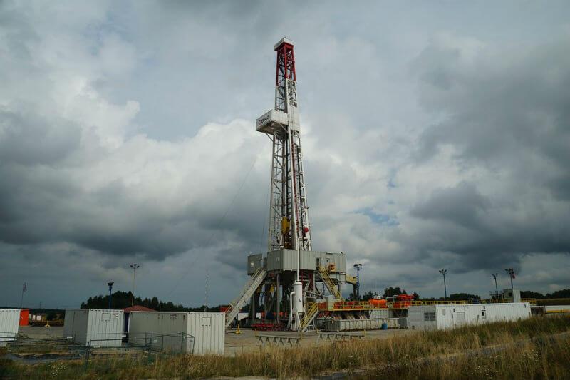 El ministro de Energía, Paul Wheelhouse, dijo que permitir la extracción no convencional de carbón y gas pondría en riesgo las metas climáticas.
