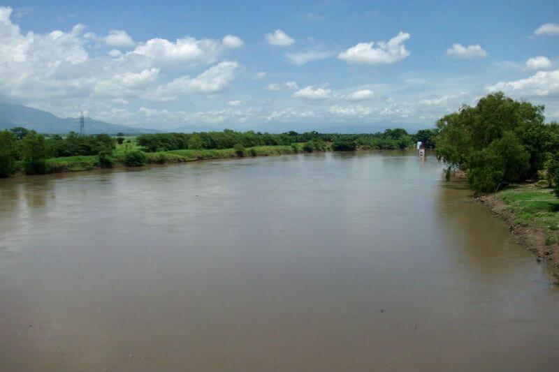 Las autoridades declararon una alerta roja en el norte del país, debido a que las lluvias han causado el aumento del nivel del río.