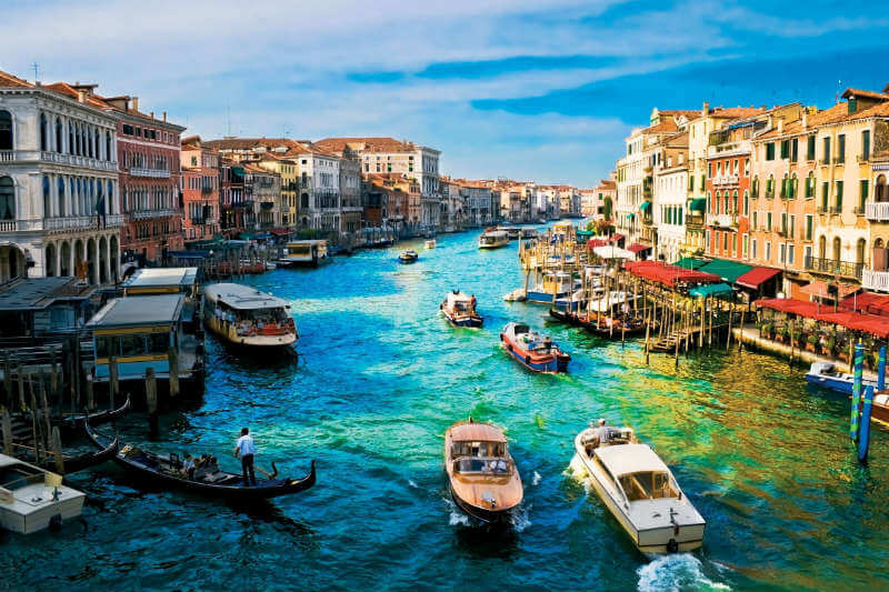 """Según la UNESCO, los famosos lugares declarados Patrimonio de la Humanidad podrían perderse en los próximos años si no se actúa de manera """"urgente y clara""""."""