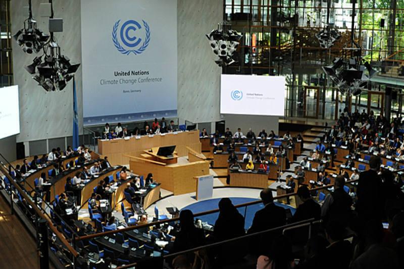 Representantes de casi 200 países se reúnen para perfeccionar las directrices para que se cumplan los compromisos y así enfrentar el calentamiento global.