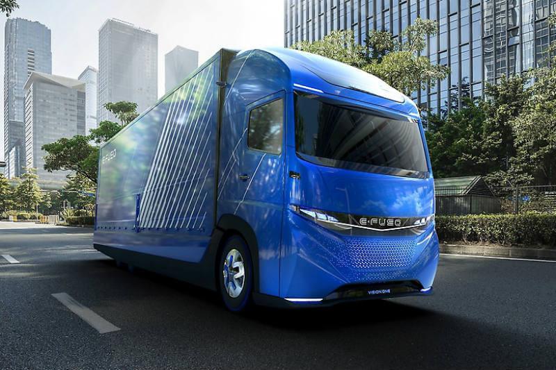 El modelo E-Fuso Vision One tendrá 350 km de autonomía, una capacidad de batería de 300 kWh y un peso total de 23 toneladas.