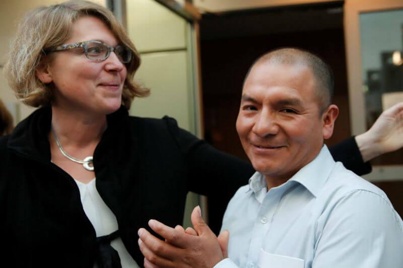 Saul Luciano Lliuya está demandando a la compañía energética alemana RWE por contaminar y amenazar su hogar en Perú.