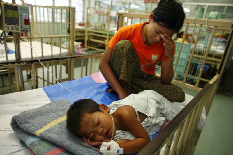 """""""Cuando un médico nos dice que debemos cuidar mejor nuestra salud, prestamos atención, y es importante que los gobiernos hagan lo mismo"""", Christiana Figueres."""