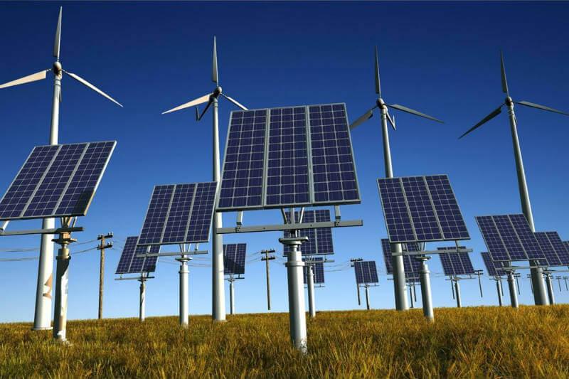 Según un nuevo estudio, el costo nivelado total de la energía se reduciría para el 2050 y la transición crearía 36 millones de empleos en el proceso.