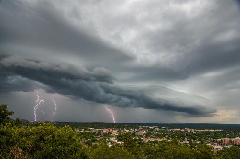 Estudio señala que las tormentas eléctricas en América del Norte serán más grandes, húmedas y más frecuentes en un mundo cada vez más cálido.