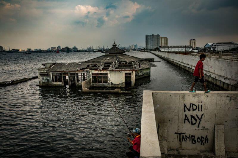 Los problemas causados por el hombre representan una amenaza inminente para la supervivencia de la ciudad, sin mencionar las que conlleva el cambio climático.