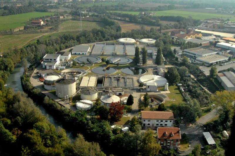 En Italia, una planta genera biogás al tratar aguas residuales. Con él cubrirá el 30% de su demanda energética para operar y cubrir sus necesidades térmicas.