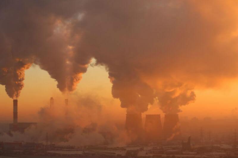 Científicos señalan que las temperaturas mundiales podrían aumentar un 15% más de lo esperado este siglo.