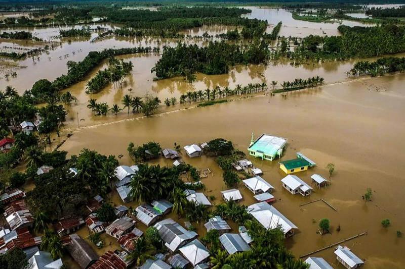 Solo en Filipinas, el tifón ha dejado un saldo de más de 230 víctimas y decenas de desaparecidos.