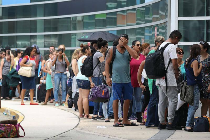 Cerca de 300,000 residentes de la isla han llegado al estado desde principios de octubre, según la División de Manejo de Emergencias de la Florida.