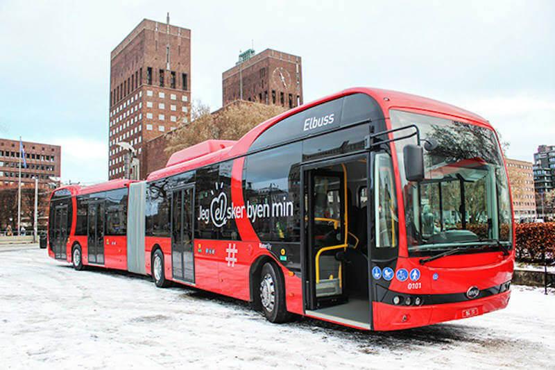 Nobina es el primer operador europeo en poner en funcionamiento autobuses eléctricos de 18 metros de longitud y con capacidad para 50,000 viajeros diarios.