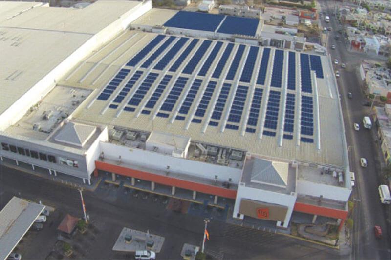 El 56.4% de la energía consumida por todas las tiendas en México provienen de fuentes renovables y tecnologías eficientes.