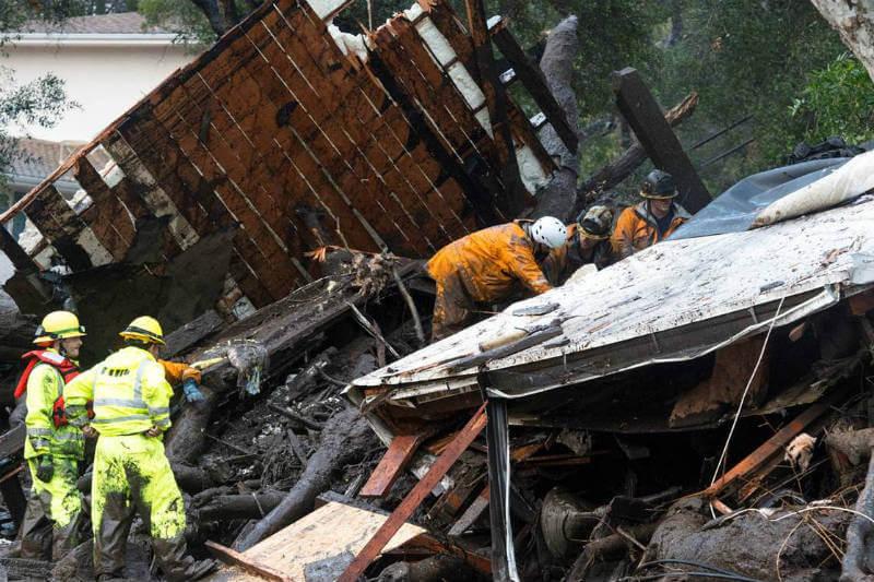 El Departamento de Bomberos del Condado de Santa Bárbara informó que cerca de 100 viviendas fueron destruidas y 300 más sufrieron daños.