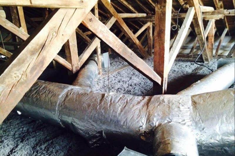 Aislanat es una nueva alternativa ecológica que se utiliza como aislante térmico y acústico en viviendas y es a base de papel periódico reciclado.