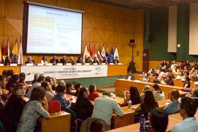 """Los expertos forman parte de un grupo que participa en el desarrollo del reporte especial """"Océanos y criósfera en un clima cambiante"""", liderado por el IPCC."""