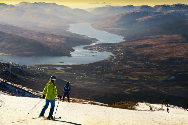 El futuro de los deportes de nieve, el cricket y el golf está bajo amenaza, ya que las temperaturas invernales en los Alpes podrían aumentar 4°C para el 2100.