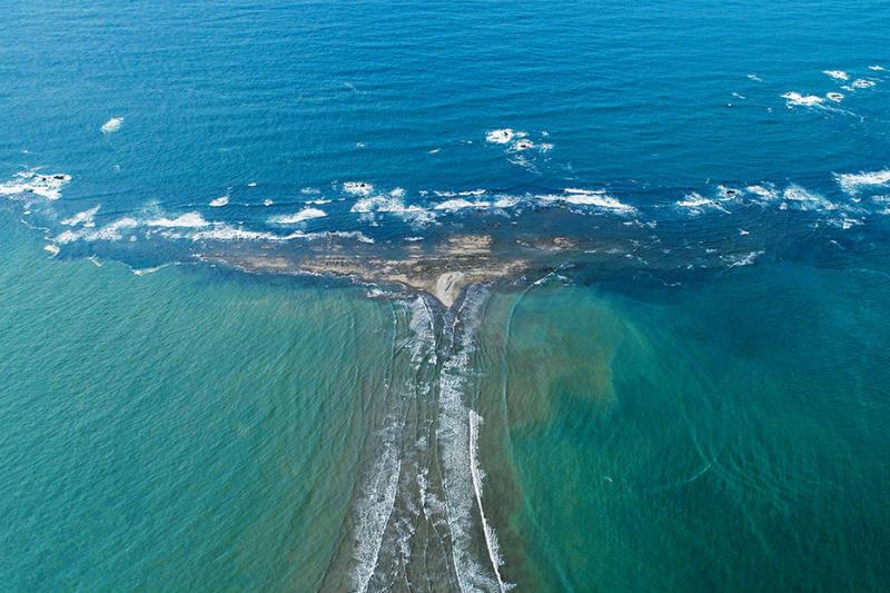 La Fundación Keto ha permitido a la comunidad de Bahía Ballena trabajar en medidas de adaptación que protegen el parque y su economía.