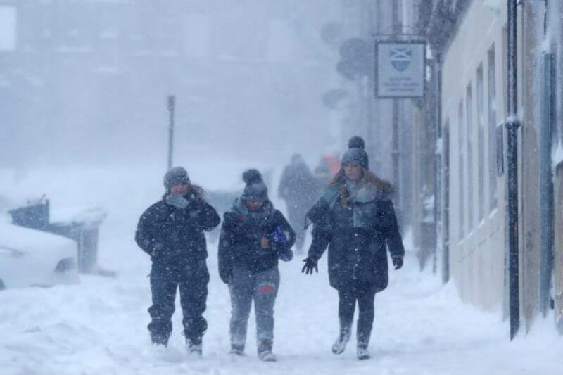 Mientras los termómetros en el continente bajan hasta los -40°C, el Polo Norte registra temperaturas positivas.