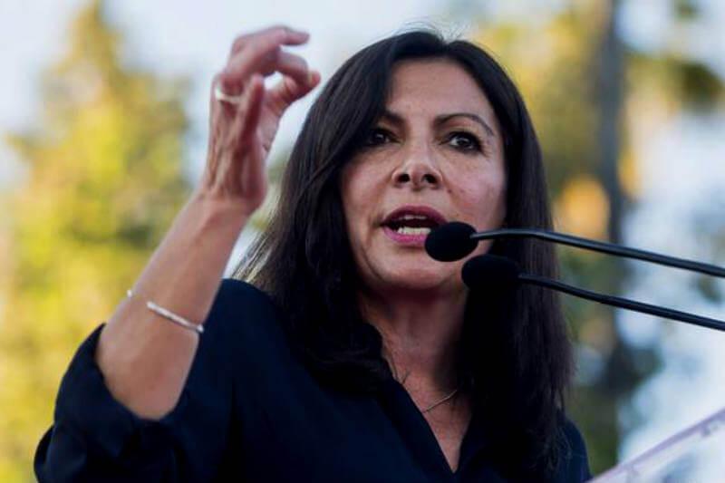 La alcaldesa de París, Anne Hidalgo, fue reelegida por un año como presidenta del grupo de ciudades contra el cambio climático C40.