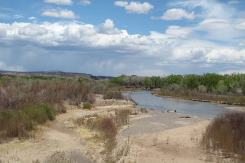 El clima seco continuo ha llevado a casi todo el estado a un grado de sequía, un tercio norte del estado se encuentra en una sequía extrema.