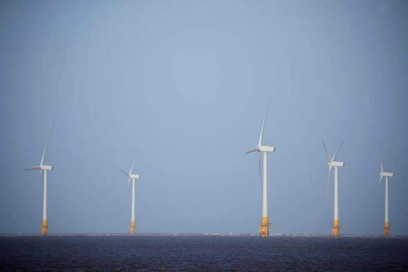 Gran Bretaña apunta a ser un líder en tecnología eólica marina y su capacidad podría crecer hasta cinco veces los niveles actuales para 2030.