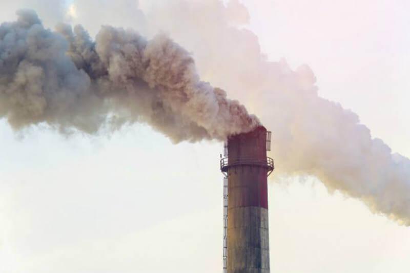 Las emisiones de carbono de la UE crecieron un 1.8% en 2017 a pesar de un aumento del 25% en la energía eólica y un 6% en la energía solar, según las cifras.