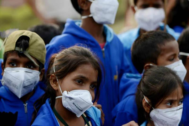 Según la OMS, las ciudades ricas han mejorado, pero la contaminación en países pobres sigue en aumento y mata a 7 millones de personas al año en todo el mundo.