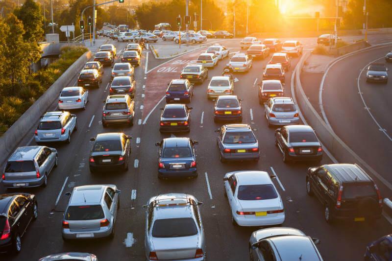 Un total de 17 estados no están de acuerdo con la Casa Blanca, ya que ha decidido cambiar los límites a las emisiones de autos pactados con Obama.