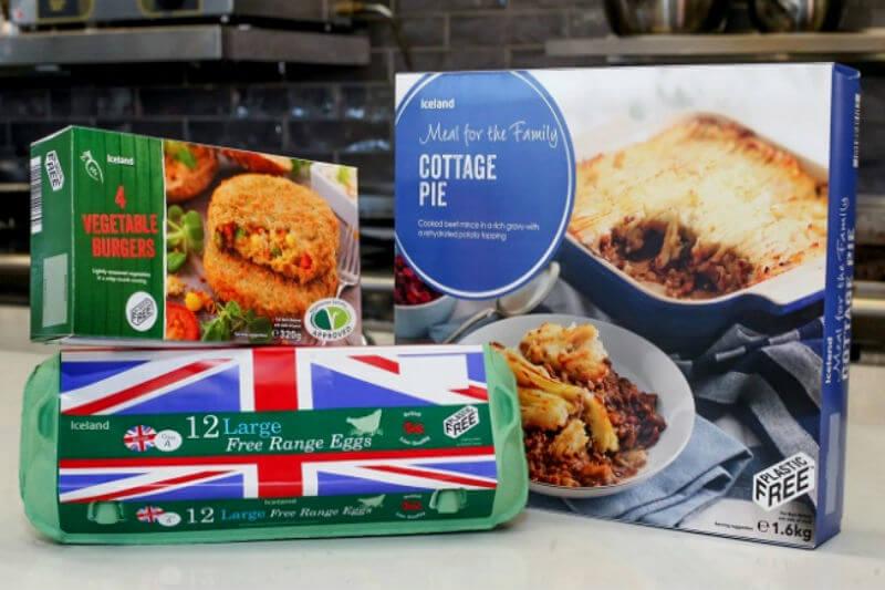 Nuevo logotipo lanzado en Gran Bretaña permitirá identificar productos con empaque plástico, ya que hay empresas presionadas a usar alternativas ecológicas.
